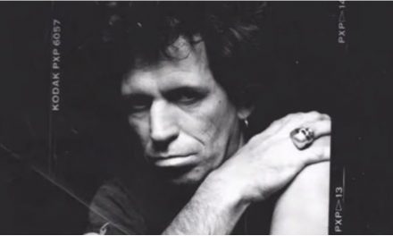 Keith Richards estrena Big Town Playboy